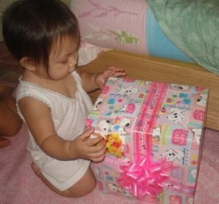 After her 1st bday (march) opening my gift ^q^